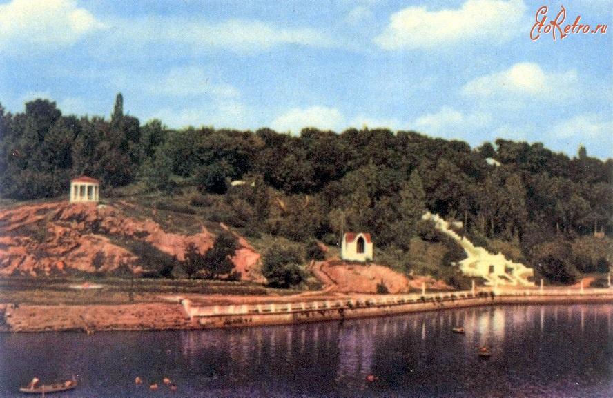 Вид на реку Тетерев и парк им. Ю.Гагарина - Украина ...: http://www.etoretro.ru/pic86587.htm