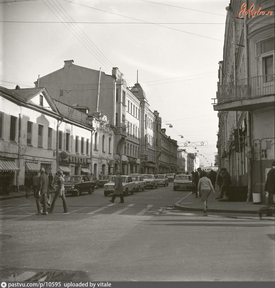 быть внимательным старые фото улиц москвы этом, следите уровнем