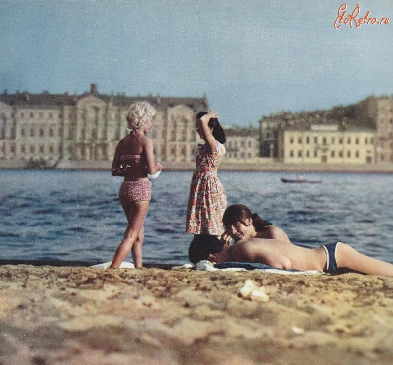 Голые девки на пляжах петербурга мысль