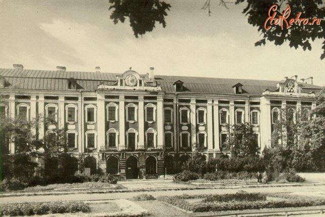 Санкт-Петербург - Ленинградский государственный университет им. А. А