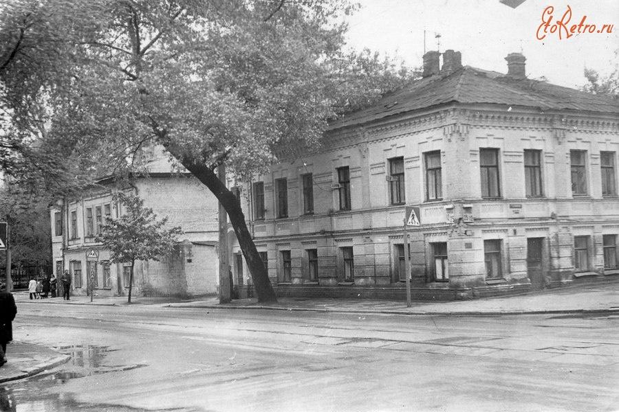 киев старые фото улицы межигорской общем