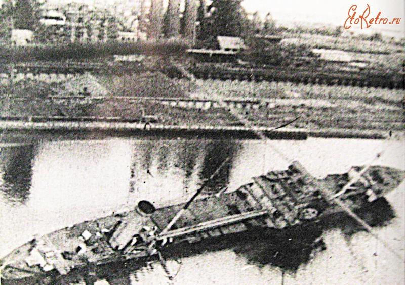 Стерео открытки с танкером