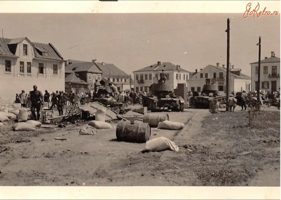 старые фото города ромен коммерческих