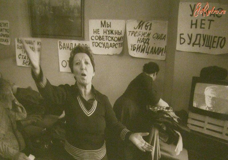 Ким Кардашьян (биография, 36 фото, 2 видео)