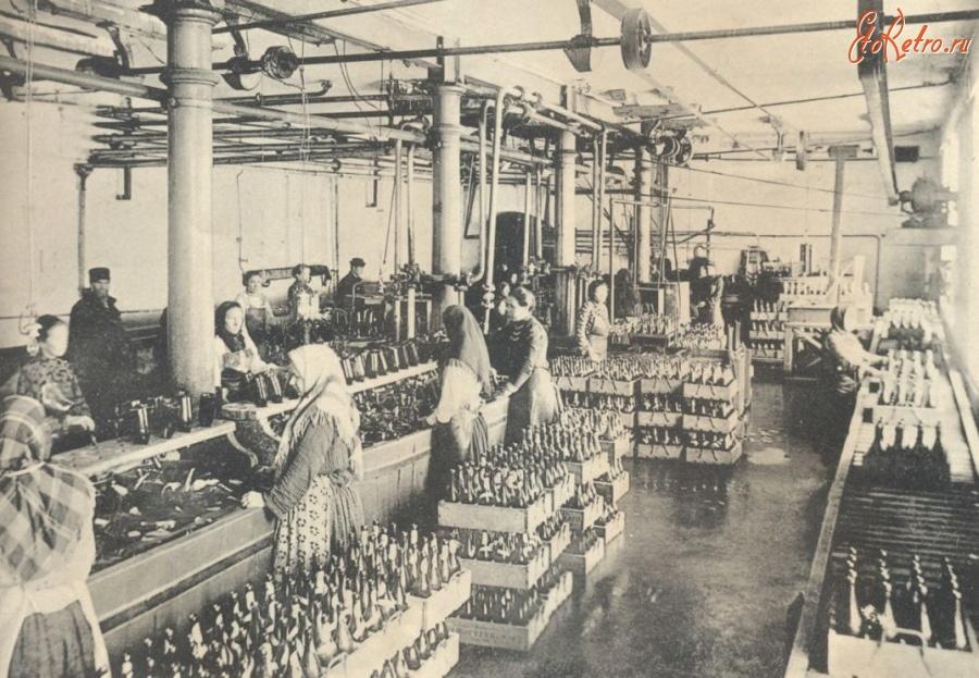 очень прочным, старинные фото рабочих демидовских заводов предлагает