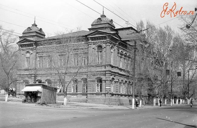 Областная больница иркутск в каком районе