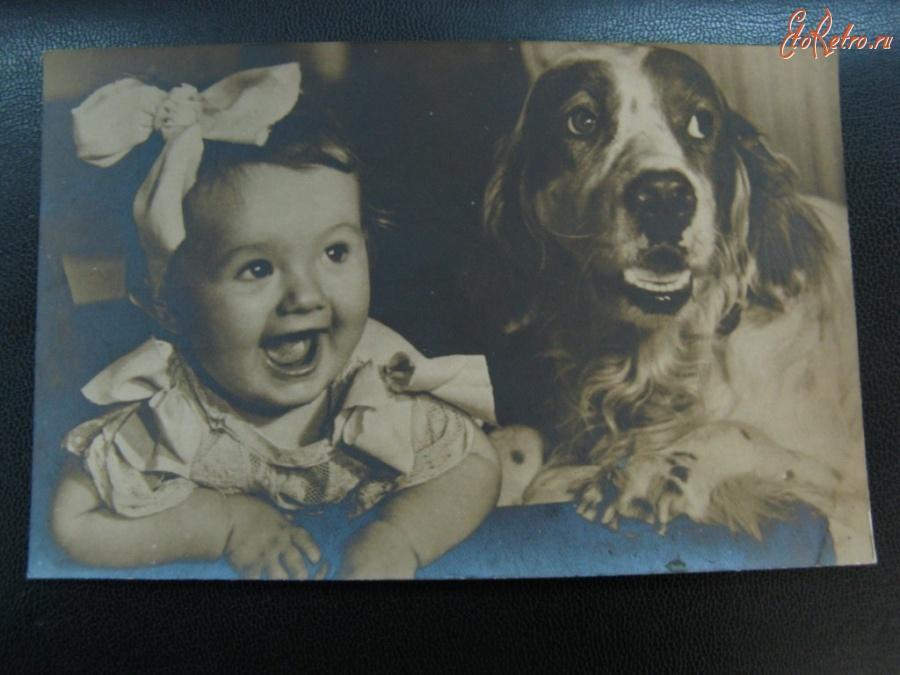 Ретро открытки - Девочка с собакой.
