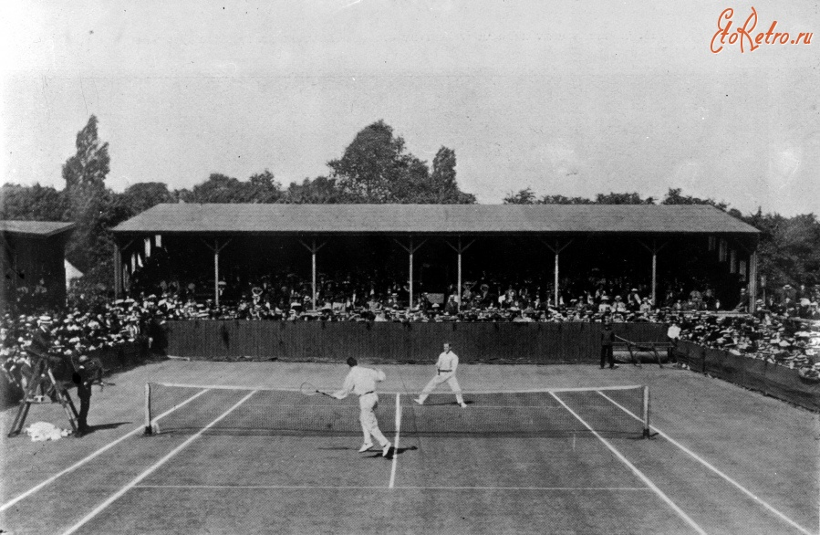 history of wimbledon History of tennis timeline 1872: the first lawn tennis club in the world is formed in leamington wimbledon is the first tennis tournament to be televised.