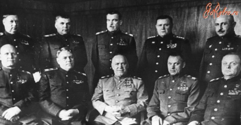 высший командный состав погибший в великой отечественной войне Екатеринославской