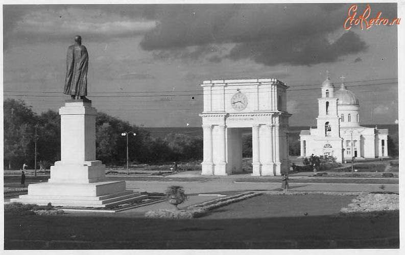 Памятники кишинёва старые фотографии