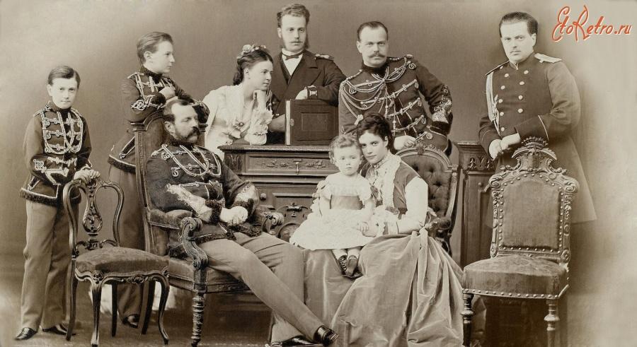 the romanov government in 1905 was