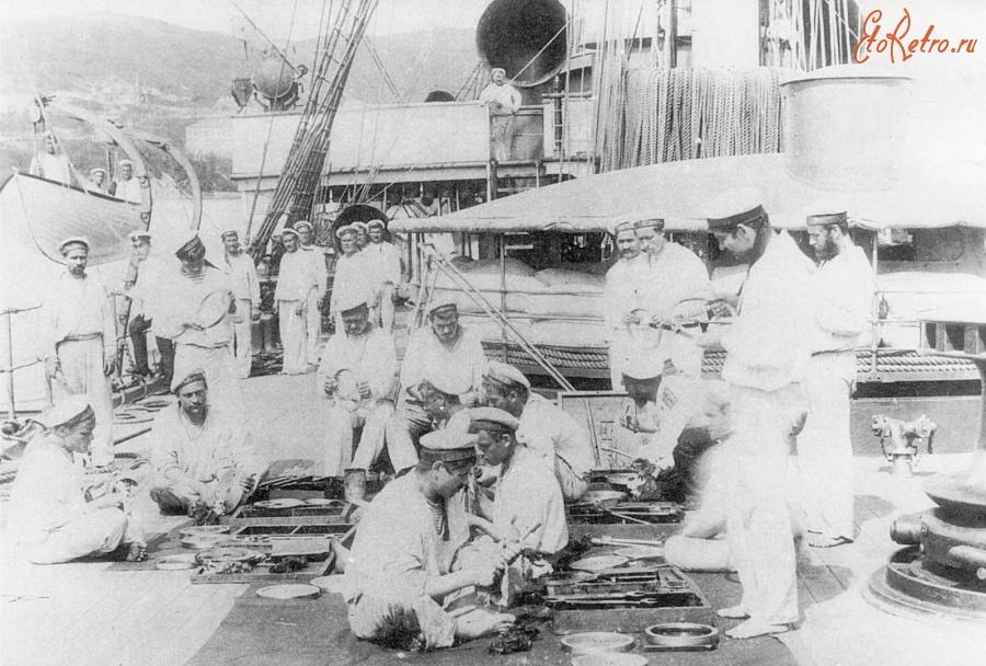 килин экипаж крейсера нахимов фото башмак стальная